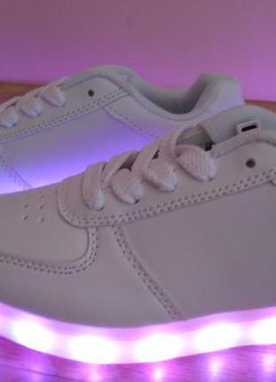 Кроссовки led светящиеся подошвой на юсб зарядке светящейся