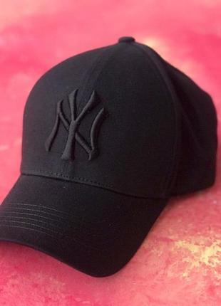 Бейсболка ny, кепка  коттон чорний з чорною вишивкою