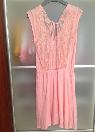 Красивое нежное платье zara
