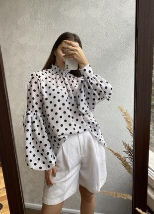 Обємна блуза в горошок власного виробництва