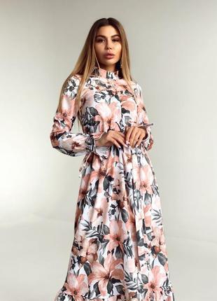 Красивое цветочное платье миди