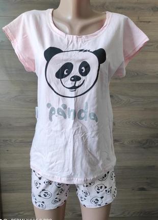 Набор для сна и дома панда: футболка с шортами.