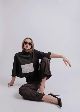 Дизайнерская футболка женская с воротником стойкой/ограниченный тираж