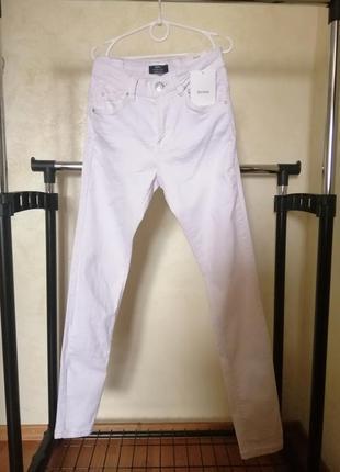 Білі джинси скини bershka, 34р