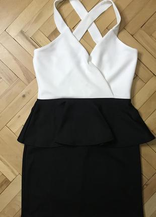 Boohoo плаття
