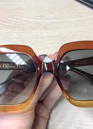 Оригінальні сонцезахисні окуляри dior