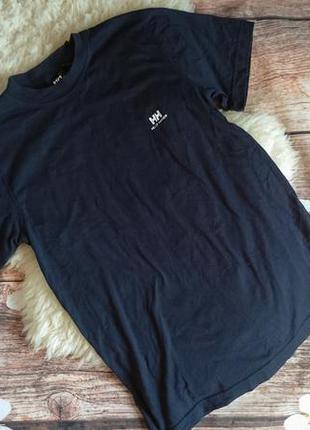 Темно-синяя футболка helly hansen