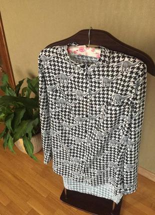 Рубашка в гусиную лапку с динозаврами блузка блуза кофточка