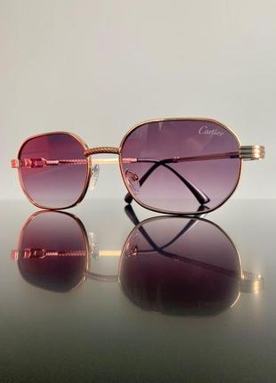 Брендовые очки в полной комплектации.