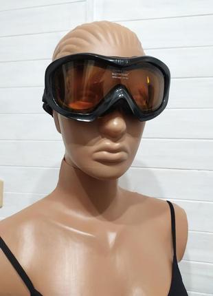 Красивые горнолыжные очки ,маска
