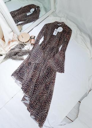 Сетчатое платье с расклешенными рукавами