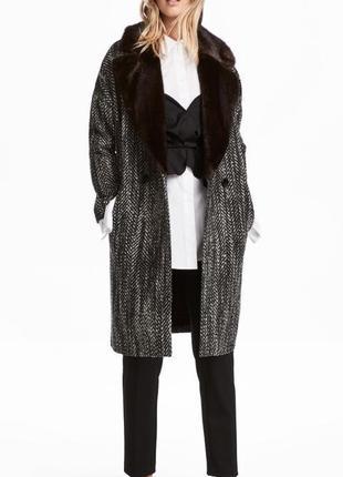 Пальто шерсть с меховым воротником h&m