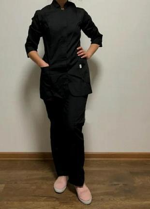 Женский медицинский костюм оригинальный костюм черного цвета.