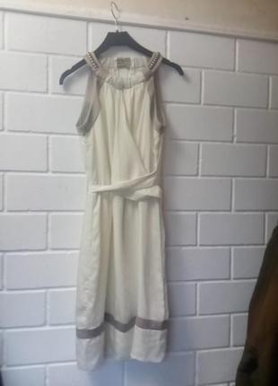 Атласное платье в грецком стиле