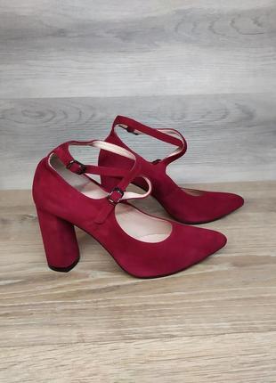 Замшевые туфли на каблуке - натуральная замша , 38  размера model 2151