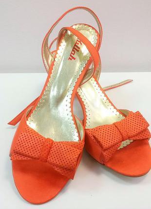Новые яркие кожаные  летние босоножки killah , оранжевые, удобные1 фото