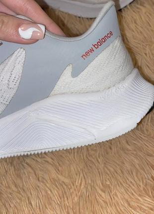 Беговые кроссовки new balance fuelcell prism5 фото
