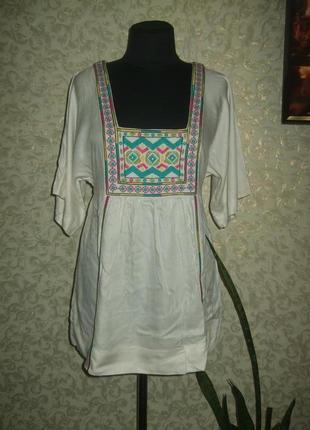 Новая с бирками шикарная брендовая  блуза туника с вышевкой
