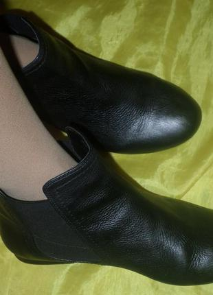 Кожаные деми ботинки clarks р 40 (25,7 см) вьетнам