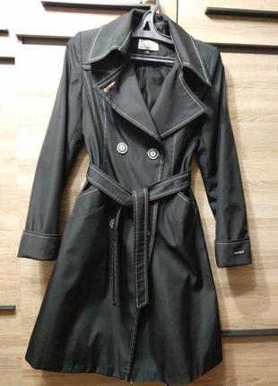Тренч, плащ, пальто размер s