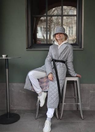 Женская куртка весна 2021
