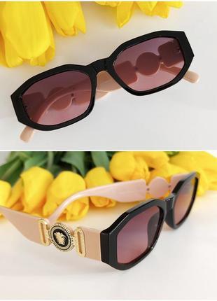 Распродажа! солнцезащитные очки стильная оригинальная модель