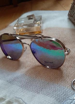 Круті очки авіатори з грубою оправою