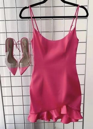 Платье сатиновое oh polly с рюшами. сатинова рожева  сукня