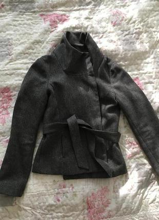 Демисезонный пиджак h&m