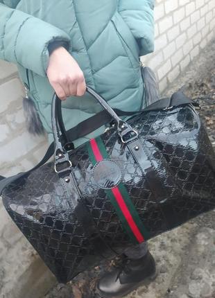 Очень классный сумка для спорта,дорожная сумка