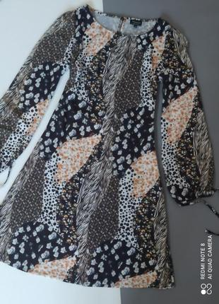 Оригинальное стильное платье миди комбинированный принт анималистический цветы