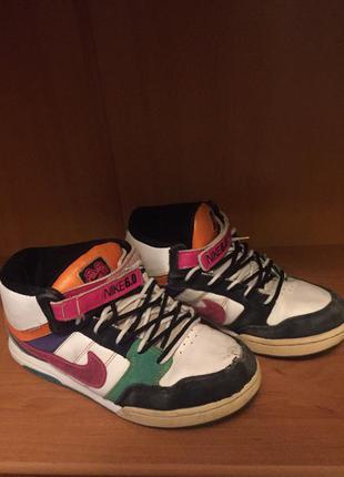 Яркие кроссовки nike 6.0 original 24.5 см