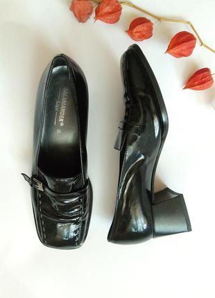 Кожаные лаковые туфли, лоферы salamander