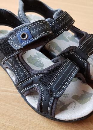 Літні універсальні сандалі шкіряні устілка