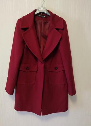 Шерстяное пальто warehouse.