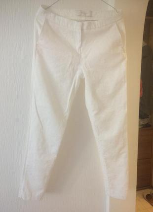 Шикарные белые брюки из выбитой ткани