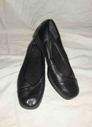 Балетки кожаные clarks 35-36 размер