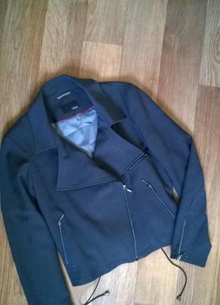 Стильный брендовый пиджак по типу косухи. оригинал.