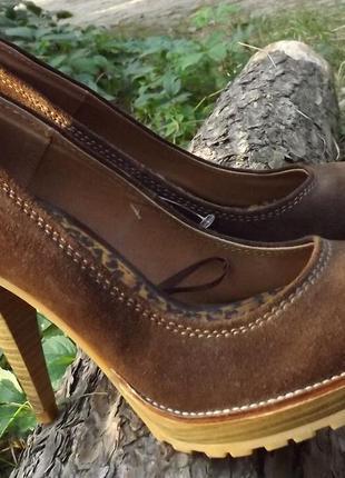 Замшевые туфли на высоком каблуке zara 38 р.