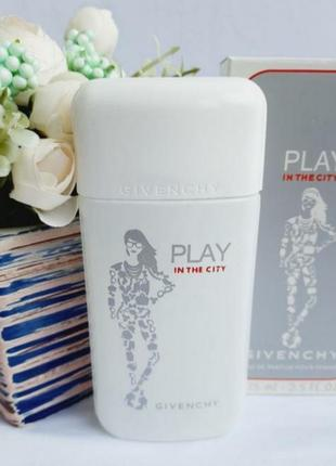 Givenchy play in the city for her дживанши плей