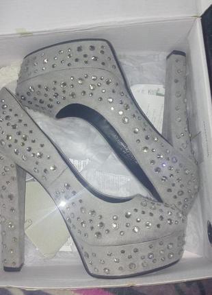 Вечерние крутые туфли!