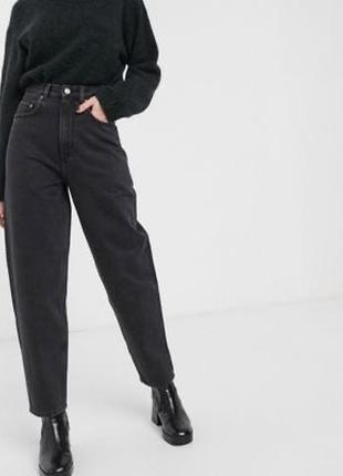 Базовые джинсы мом слоучи высокая посадка классика
