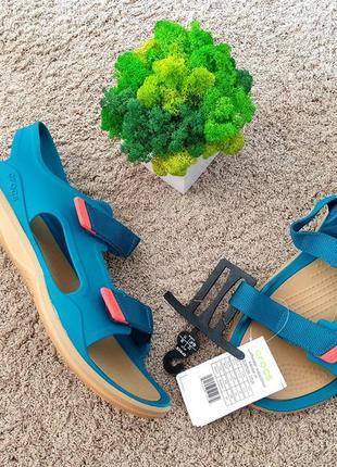 Босоніжки crocs swiftwater expedition sandal