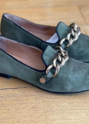 Sigerson morrison темно-зеленые замшевые лоферы туфли с цепью 37 размер