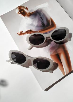 Солнцезащитные очки в мраморной оправе