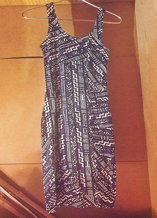 Платье в обтяжку
