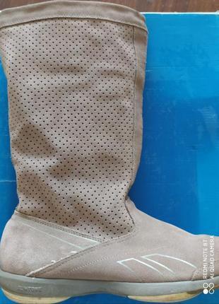 Демисезонные сапоги-кроссовки reebok