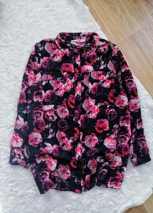 Красивая блуза рубашка в розах батал