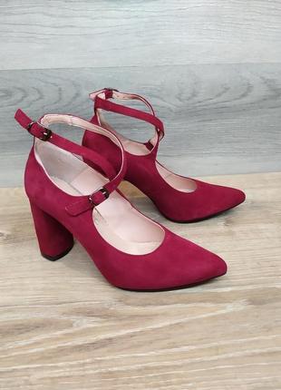Замшевые туфли на каблуке - натуральная замша , 38 размера model 2407