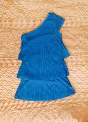 Красивое платье плиссе на одно плечо